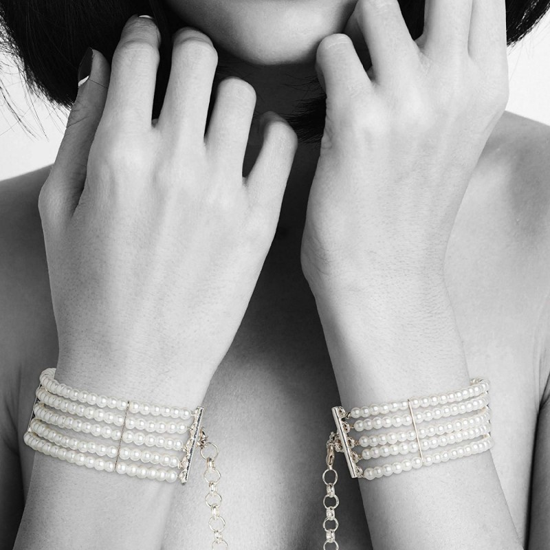 Bijoux Indiscrets Plaisir Nacre Pearl Handcuffs Pearl White