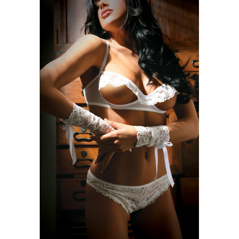 Fantasy Lingerie - Vixen Forever Yours Bra, Panty & Wristlets - One Size